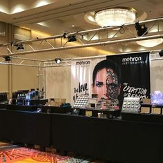 The energy felt from floor at The Makeup Show is simply intoxicating. Everyones desire to learn about and share new techniques and tips with those in the know is contagious. We were excited to introduce the newest members of the @MehronMakeup Celebré Pro-HD family: Correct-It and Conceal-It. And what better way to kick off the introduction than with the incredible Bethany Townes Makeup Artist. She taught our Correct-It and Conceal-It: The Ultimate Guide to a Flawless Face seminar. Watch a…