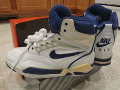 nike-air-solo-flight-wht-blue-05.jpg (570×428)