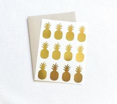 Our pineapple stickers come in three colors: - Gold Foil - Gloss White - Kraft  The stickers are roughly 1.5 x 0.75. Each package contains 48