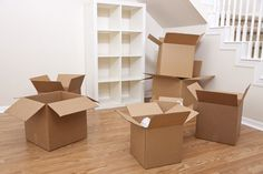 Tips on How to Do House Removals Properly. House removals take time and even patience to accomplish. And to be able to accomplish it properly, you need to get in touch with us. For details you can visit us. Moving Home, Moving Tips, Moving Stress, Apartment Moving Checklist, Cleaning Checklist, Cleaning Service, Furniture Removalists, Moving Furniture, Furniture Movers
