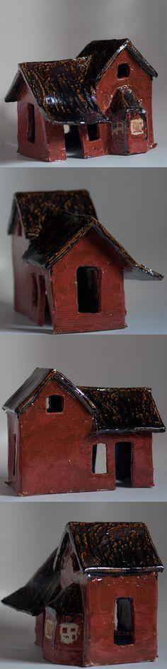 ceramic house by The Delicion