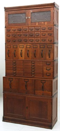 Oak Globe-Wernicke Sectional Stacking File Cabinet : Lot 0152