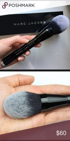 Marc Jacobs The bronzer brush Marc Jacobs Brush The bronzer #12 Marc by Marc Jacobs Makeup Brushes & Tools