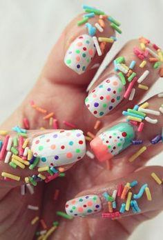 Oh how wonderful!! #cupcake nails
