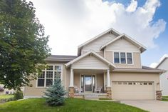 7809 Stratton Way  Madison , WI  53719  - $319,900  #MadisonWI #MadisonWIRealEstate Click for more pics