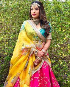 Pink floral lehenga mid rif crop top blouse border zari work wedding wear bridesmaid gift bridal wea - New Site Indian Dresses For Women, Party Wear Indian Dresses, Indian Wedding Outfits, Bridal Outfits, Indian Outfits, Indian Weddings, Bridal Dresses, Western Outfits, Romantic Weddings