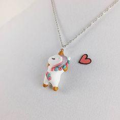Unicornio lindo collar / / encanto de unicornio de la arcilla