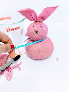 The Easiest Easter Bunny Craft using Unmatched Socks {No-Sew} Sock Crafts, Bunny Crafts, Easy Diy Crafts, Craft Stick Crafts, Tape Crafts, Creative Crafts, Easter Craft Activities, Easter Crafts For Adults, Easter Crafts For Kids