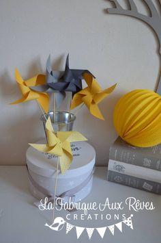 DISPO - 10 Moulins à vent jaune et gris - décoration chambre bébé garçon jaune et gris