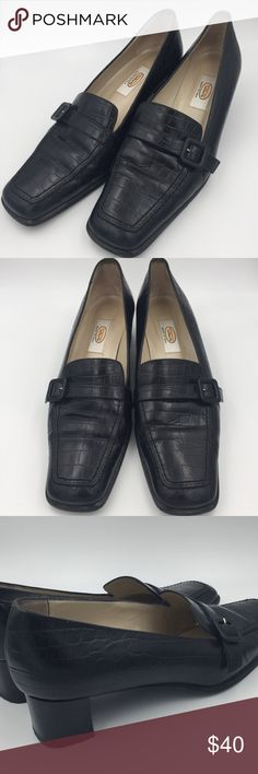 Talbots Black Loafers Dress Shoes w/ Heel Size 8 Talbots Black Loafers Dress Shoes w/ Heel. Size 8. Made in Italy. Barely worn. Super comfortable. Great with pantsuit or even jeans! Talbots Shoes