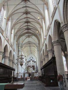 Grote Kerk in Dordrecht. In 1973 heb ik in deze kerk de openbare belijdenis afgelegd en op 29 mei 1975 is ons huwelijk hier ingezegend.