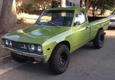 Learn more about Turbo Twin Cam/5-Speed Build: 1972 Datsun 620 on Bring a Trailer, the home of the best vintage and classic cars online.
