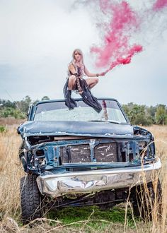Smoke Bomb Photos: What I Learned Shooting Models in a Junkyard Creative Fashion Photography, Photography Women, Senior Photography, Photography Awards, Photography Ideas, Wedding Photography, Photoshoot Themes, Photoshoot Inspiration, Imperator Furiosa