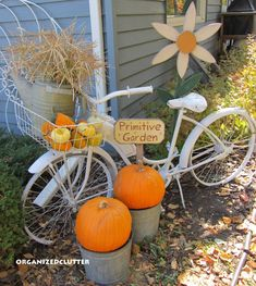 Primping my vintage bike for fall. This would be cute to do with an old bike to be used as a yard decoration!