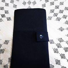 sandra bedet rival sur Instagram: Encore un portefeuille qui a été fait courant décembre. J espère qu il a plus 😊. Pour un modèle unique et personnalisé, n' hésitez…