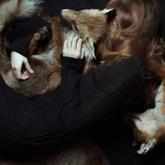 Foxy Cradle by Laura Makabresku Laura Makabresku, Potnia Theron, Pat Perry, Foto Fantasy, The Grisha Trilogy, Sansa Stark, Witch Aesthetic, Foto Art, Green Gables