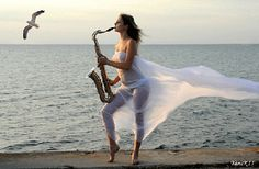 The Very Best Of Saxophone Coffee ☕ Morning Cafe Jazz ☕ Coffee Instrumen. Saxophone Music, Saxophone Players, Violin, Chill Out Music, Good Music, Musica Love, Les Gifs, I Feel You, Smooth Jazz