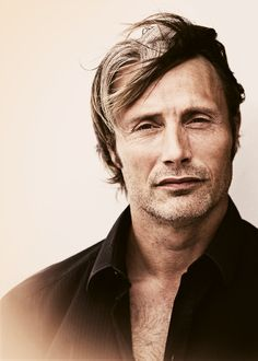 I'm not sure why, but I'm starting to think that Mads Mikkelsen is attractive....I need to start watching Hannibal!