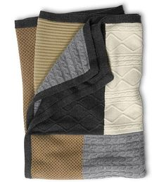 Little Inspirations: Fun with Sweaters. A great collection of ideas to repurpose old sweaters. Sew patchwork sweater pieces onto a flannel blanket or another old blanket. Fabric Crafts, Sewing Crafts, Sewing Projects, Craft Projects, Easy Projects, Craft Ideas, Sweater Quilt, Old Sweater, Sweater Blanket
