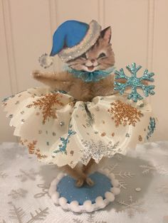 Your place to buy and sell all things handmade Retro Christmas, Christmas Holidays, Christmas Decorations, Christmas Ornaments, Christmas Kitten, Christmas Projects, Holiday Crafts, Christmas Ideas, Pipe Cleaner Crafts
