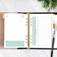 How I became better at tracking and improving my habits. Get my tips and a free printable habit tracker perfect for a bullet journal or ring bound planner. Bullet Journal Tracker, Bullet Journal Hacks, Bullet Journal Printables, Bullet Journal How To Start A, Bullet Journal Notebook, Journal Template, Bullet Journal Layout, Bullet Journal Inspiration, Bullet Journals