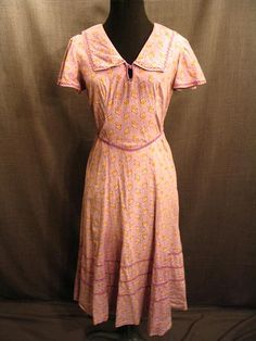 Costumes/20th Century/1930's/Women's Wear/1930's Women's Dresses