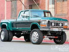 Two Tone Green Dually | Big Trucks | Big Redneck Trucks