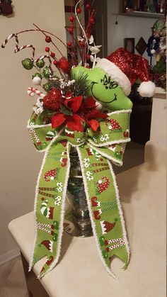Grinch Tree Topper/Christmas Tree Topper/Deluxe Grinch Topper Bow by WEEDsByRose on Etsy Grinch Christmas Tree Decorations, Grinch Trees, Types Of Christmas Trees, Ribbon On Christmas Tree, Christmas Bows, Christmas Tree Toppers, Christmas Crafts, Christmas Ornaments, Holiday Decor