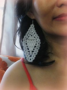 Crochet and Other Stuff: Pineapple Motif Earring - free crochet pattern