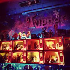"See 62 photos and 25 tips from 1160 visitors to Tupperware. ""Small Club with underground music, art exhibitions and good vibe. Madrid Nightlife, Underground Music, Tupperware, Good Vibes, Four Square, Night Life, Indie, Concert, Painting"