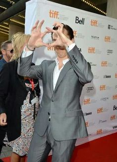 Benedict Cumberbatch -- what's he doing exactly? Simon Pegg is right. He has dyspraxia.