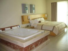 Superior Deluxe rooms in the Beach Palace Resort. A family all inclusive resort in Cancun, Mexico. Perfect to relax and have fun with the whole family!  #familyallinclusiveresorts #cancunallinclusiveresorts #beachpalaceresortcancun
