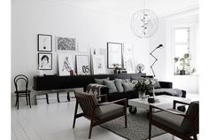 #Monochrome #posters #onthewall #white #livingroom #space #interior #interiorinspiration #inspo #inspiration #balance #modern