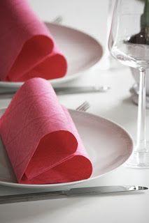 archigeaLab: Sa Valentino 2017:Napkin folding romantica