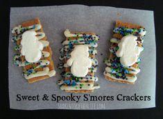 Make easy {no-bake} #Halloween smores crackers at shakentogetherlife.com