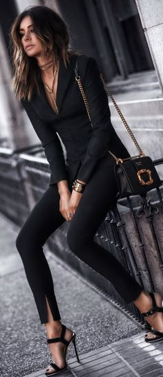 Preppy Outfits, Mode Outfits, Classy Outfits, Stylish Outfits, Fashion Outfits, Womens Fashion, Trendy Fashion, Black Outfits, Classy Dress