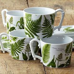 COULD BE AN INTERESTING PATTERN TO LOOK INTO    Glam Greenery: Fern Decor