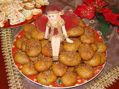 Biscuits with honey&nuts for sweet Christmas Greece has some traditional cookies with nuts and honey, which are prepared especially on the occasion of Christmas. If you want a lunch or a dinner with elements of Greek cuisine, these kinds of cookies should not be missing. For about 25 biscuits: 300 gram flour 120 gram butter […]
