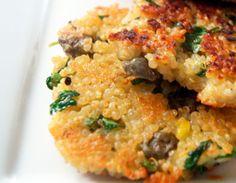 Hamburguesas de quinoa con col rizada receta