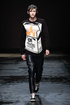 Christopher Shannon's winning collection http://journal.fashionspyder.com/bfcgq-cshannon/