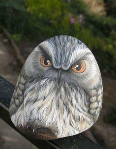 my wonderfull painted rock-owl!!!