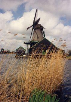 (via European Photo Contest - FIRST PLACE - Worldatlasofphotos.com)