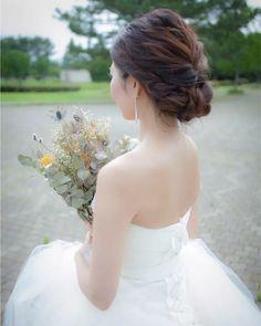 858a883ccfe56 結婚式の花嫁さん向け、ウェディングドレスや和装に合う髪型、ヘア