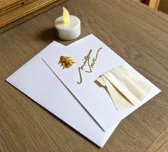 Carte de voeux kimono et sapin origami, blanc et or : Cartes par et-louise-crea-la-feuille