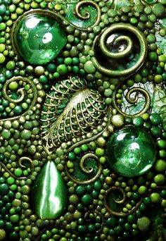 Not your regular mosaic . love the brasswork . Deep Forest Mosaic ~ Solid brass filigree leaf, glass gems and a cat's eye cabochon. Mosaic Crafts, Mosaic Projects, Mosaic Art, Mosaic Glass, Mosaic Tiles, Stained Glass, Glass Art, Tiling, Clay Projects
