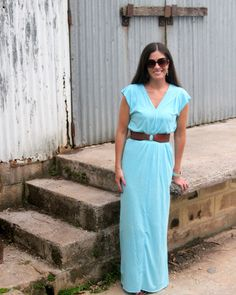 This maxi dress tutorial is the easiest sewing project ever- just four rectangles and a few lines of stitching!