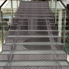 Billedresultat for house black perforated metal facade New Staircase, Modern Staircase, Staircase Ideas, Staircase Design, Staircases, Stair Risers, Stair Railing, Modern Small House Design, Metal Grill