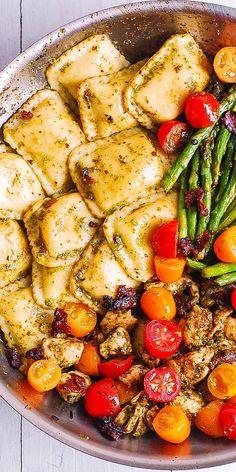 Pesto Chicken Ravioli and Vegetables - Eat . - Pesto Chicken Ravioli and Vegetables – Eat – - Chicken Ravioli, Pesto Chicken, Pesto Ravioli, Ravioli Lasagna, Chicken Noodles, Cheese Ravioli, Pesto Pasta, Fried Chicken, Clean Eating