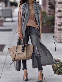 Minus the scarf for me cool outfit idea to try this fall : bag skinnies heels brown blouse grey long vest Edgy Work Outfits, Summer Work Outfits, Mode Outfits, Fall Winter Outfits, Stylish Outfits, Autumn Winter Fashion, Fashion Outfits, Womens Fashion, Look Urban Chic