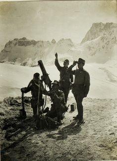WW1. An Austro-Hungarian anti-aircraft team in the Alps.